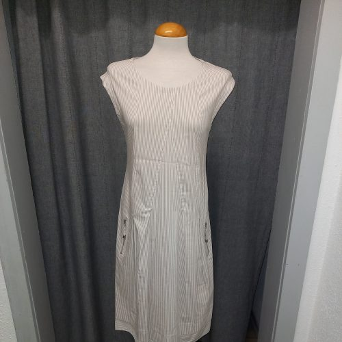 Kleid, Firma Simclan